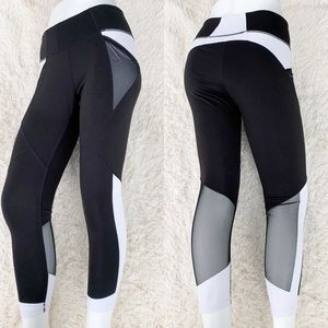 ZELLA Black & White Cropped Leggings 7/8 Tights